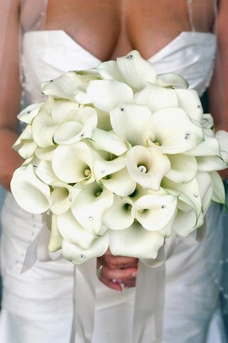 all-white-calla-lily-flowers-with-rhinestone-studs
