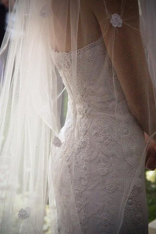 oscar-de-la-renta-wedding-dress-details