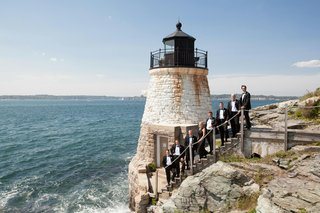 groomsmen-on-steps-by-rhode-island-lighthouse