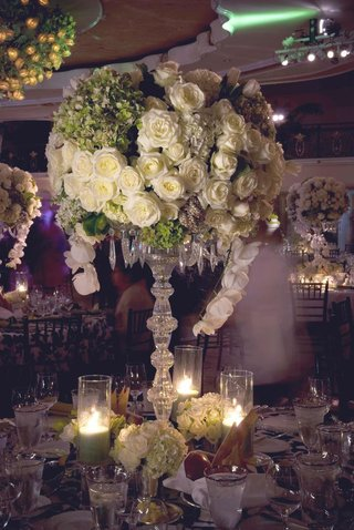 large-crystal-centerpiece-with-green-and-white-flowers