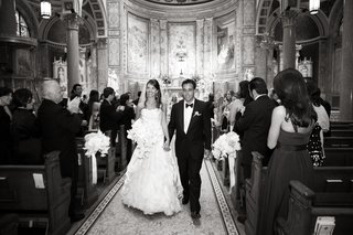 black-and-white-photo-of-newlyweds-in-church