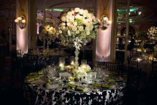ballroom-wedding-with-black-white-and-green-decorations