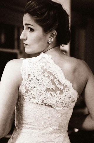 black-and-white-photo-of-chantilly-lace-shoulder