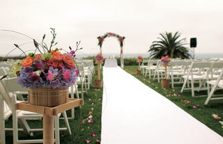 oceanfront-ceremony-on-hilltop