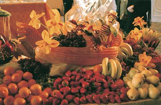 oranges-strawberries-grapes-bananas-and-pears
