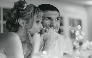 black-and-white-photo-of-newlyweds