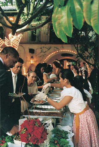 authentic-mexican-food-served-at-reception