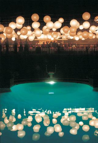 swimming-pool-and-paper-lanterns