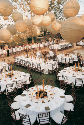round-and-rectangular-tables-and-ivory-lanterns