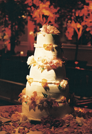five-tier-cake-with-orange-flowers