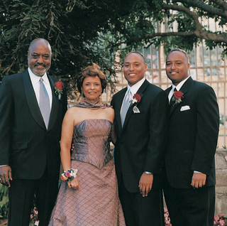 best-man-and-grooms-mother-and-father