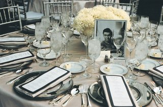 art-deco-wedding-reception-decorations-on-table
