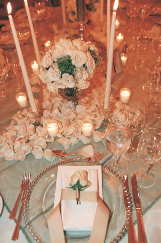wedding-reception-decor-and-wedding-place-settings