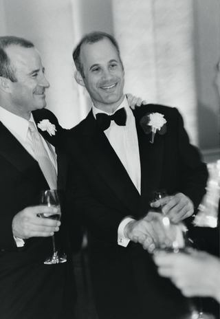 black-and-white-photo-of-groom-with-his-best-man