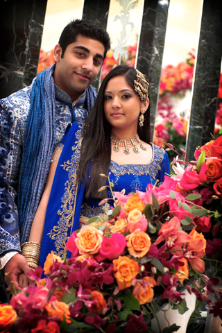 indian-bride-and-groom-in-royal-blue-attire