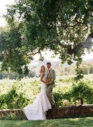 bride-and-groom-portrait-in-wine-country