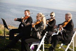 oceanfront-ceremony-musicians-in-black
