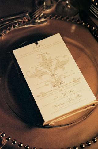 ivory-wedding-reception-menu-with-fleur-de-lis-pattern