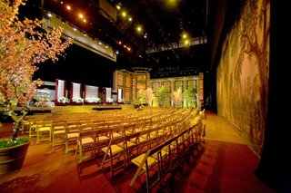 wedding-ceremony-chairs-on-kodak-theatre-stage