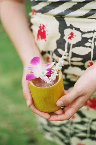 seashell-straws-and-orchid-garnishes-with-coconut