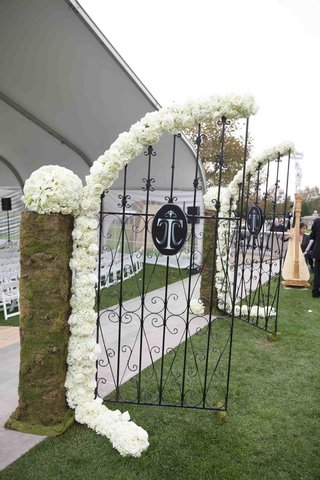 wedding-monogram-on-gate-and-harp