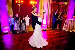 flower-girls-watch-bride-and-groom-dancing