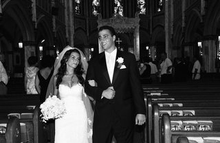 black-and-white-photo-of-bride-and-groom-at-church