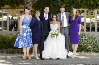 bride-with-family-members-at-carmel-valley-wedding