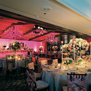 ballroom-wedding-reception-with-antique-elements