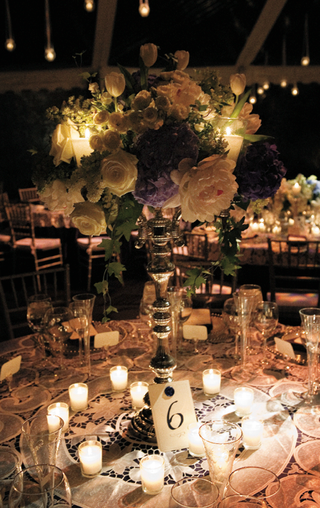 candelabra-centerpieces-with-large-flowers