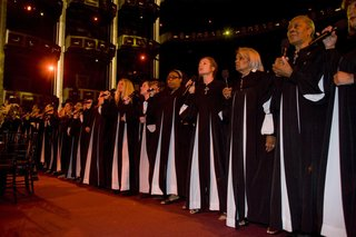 gospel-choir-performs-at-kodak-theatre-wedding