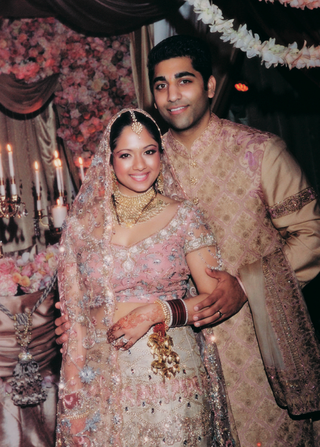 indian-couple-in-sari-and-sherwani
