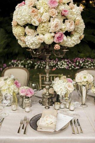 secret-garden-inspired-flower-arrangement