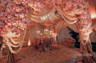 indian-ceremony-structure-with-pink-flowers