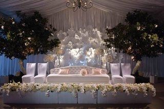 tented-reception-space-with-white-furniture