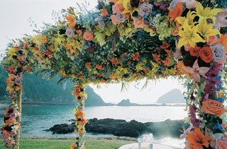el-careyes-resort-spa-oceanfront-ceremony-decor