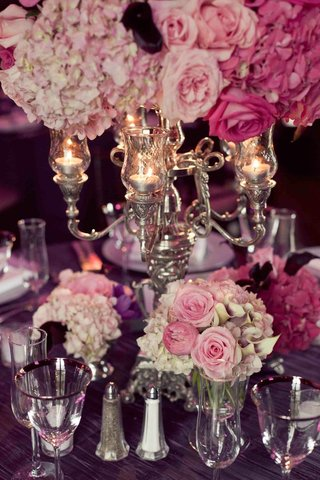 hydrangea-rose-calla-lily-flowers-below-candelabra