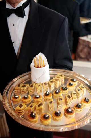 passed-appetizers-at-wedding-with-caviar
