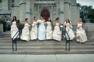 bridesmaids-in-dress-with-baby-blue-sash