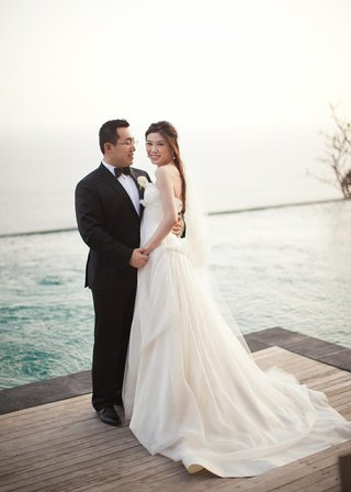 hong-kong-bride-and-groom-in-bali-indonesia
