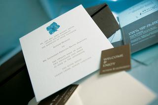 wedding-invitation-with-hydrangea-motif