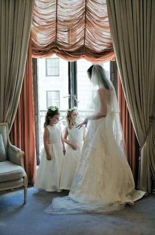 multi-length-bridal-veil-and-flower-girl-attire