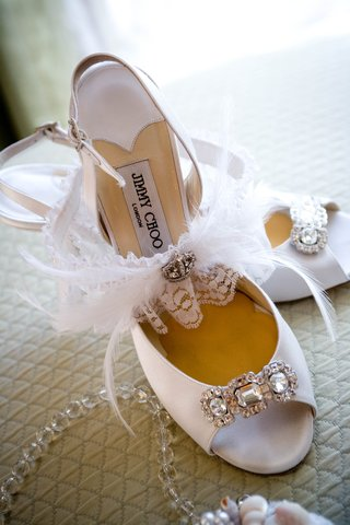 feather-and-crystal-embellished-garter-and-heels