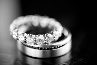 black-and-white-photo-of-diamond-eternity-band