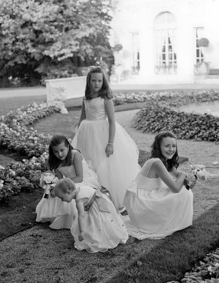 black-and-white-photo-of-flower-girls