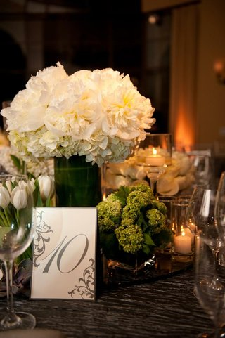 table-number-with-grey-border-and-motif