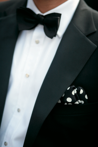 classic-black-tuxedo-with-polka-dot-pocket-square