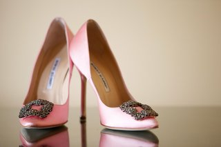 manolo-blahnik-heels-with-buckle-embellishment