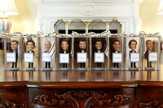 bobble-head-figurines-in-clear-boxes