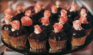 chocolate-frosted-cupcake-with-gold-foil-wrapper